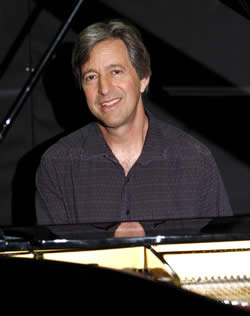 Boulder Piano player Sheldon Sands